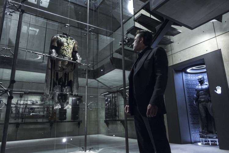Everything-Wrong-With-Batman-v-Superman-4-Location-Location-Location-1536x1024